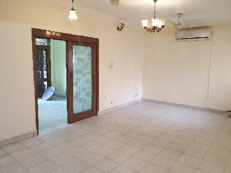 A Specius 3BHK Independent floor for Rent in Saket