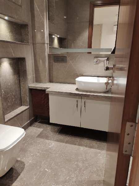 Brand New 4BHK 300Yard BMT & Ground Duplex Independent Builder floor for Sale in Saket South Delhi