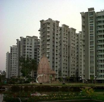 3 BHK Flats & Apartments for Sale in Pal Gam, Surat
