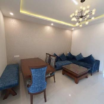 3bhk For Sale on Patiala Highway Near Hotel Redisson Zirakpur