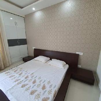 1bhk flat for sale on Patiala Highway Near Hotel Redisson Zirakpur