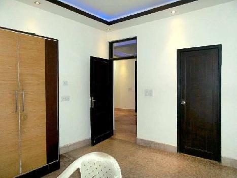 3 BHK flat at Mahendru Enclave, Delhi
