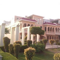 4 Bhk Bungalows / Villas for Sale in Noida Extn.