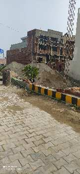 32x31.5  corner plot In Amrit Vihar