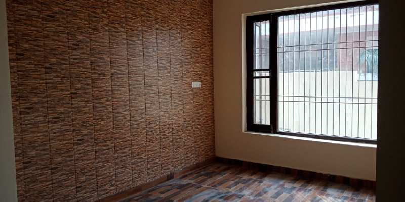 Best Offer !! 4 BHK Beautiful House Available For Sale