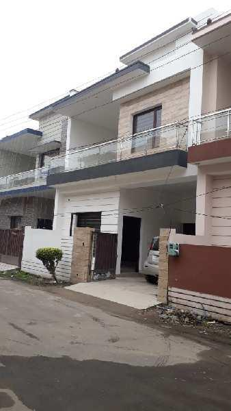 Two SIde Open 4 BHK House In Jalandhar