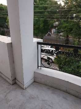 Semi furnished house in vinay khand gomtinagar