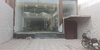 Showroom space for rent at alambagh