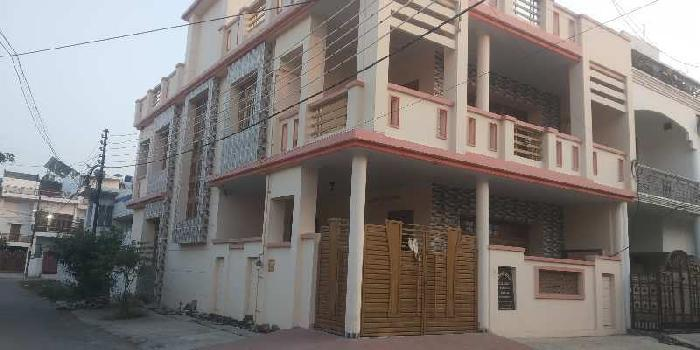 Independent house in LDA colony