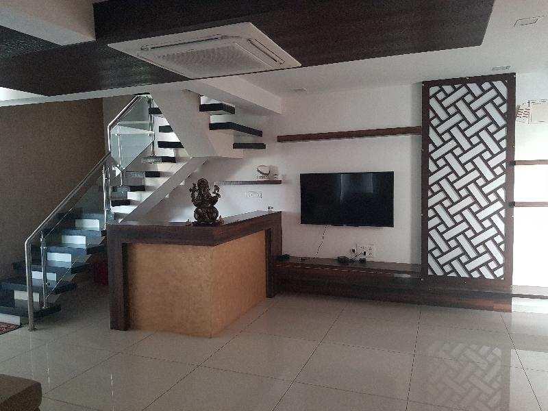 2500 Sq. Feet Penthouse for Sale in Alkapuri, Vadodara