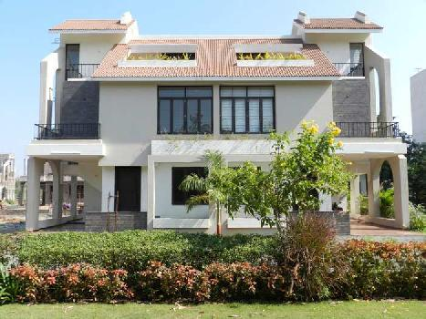 4Bedrooms 4Baths Independent House/Villa for Sale in Monareeca Monalisa Lakewoods, Bhayli, Vadodara