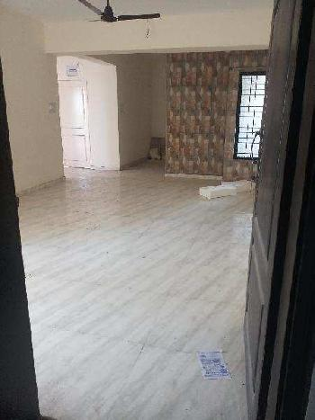 2 BHK Flats & Apartments for Rent in Manjalpur, Vadodara