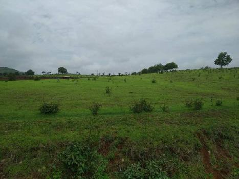 Prime location Land perfect for farm house.