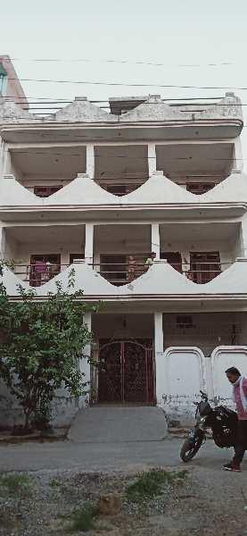 Hostel cum house