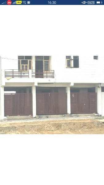 House for sale Chipyana buzurg 100 sqyds makan 36 lac noida extension
