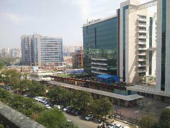 Office space for sale in noida expressway sec.135 Assotech builder 1000 sqft office space 68 lac Ready to move property or lease assistance available