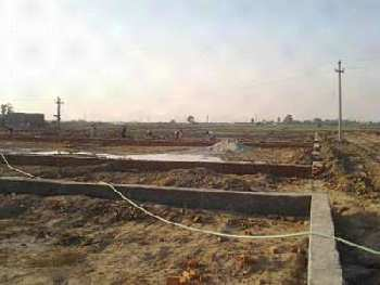 Plot for sale noida sec.115 sorkha village 200 sqyds 32 Lac
