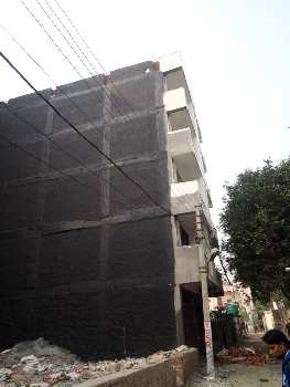Builder floor for sale noida sec.49 Baroula 2bhk.750 sqft 19.50 Lac ready to  move property