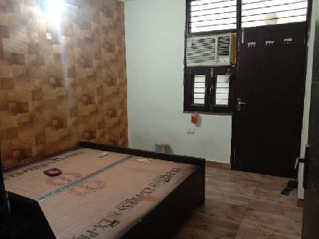 Builder floor for sale metro apartment 2bhk.875 sqft 27.50 lac