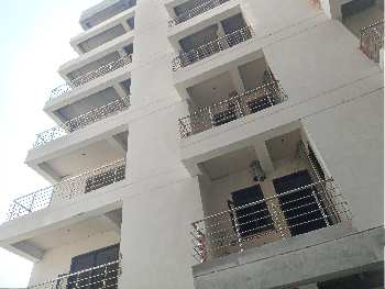 Builder Apartment for sale satyam paradise noida 121 2bhk.900 sqft 32.50 Lac