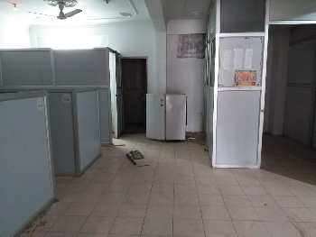 800 Sq.ft. Office Space for Sale in Khurram Nagar, Lucknow