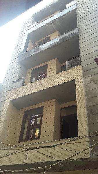 3 BHK Builder Floor for Sale in Param Puri, Uttam Nagar, Delhi