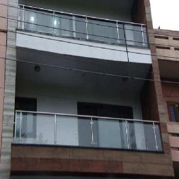 5 Bhk Builder Floor for Sale in North Delhi