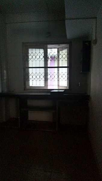 2 BHK FLAT FOR RENT AT RAMBAUG READY TO MOVE