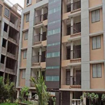 3 BHK Flat for rent at Ambawadi