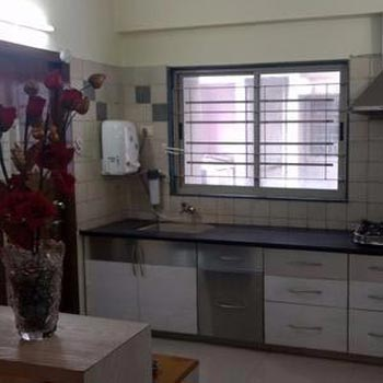 3 BHK Flat for rent at S.G. Highway