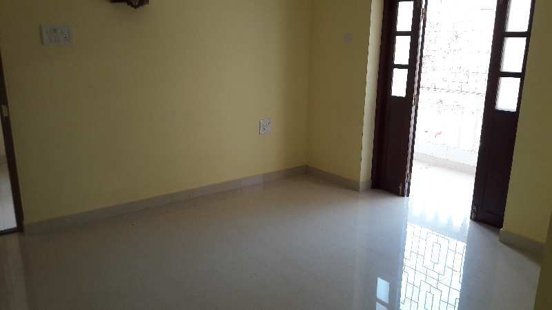 Spacious 2bhk apartment on the gr floor Siolim,  for sale.