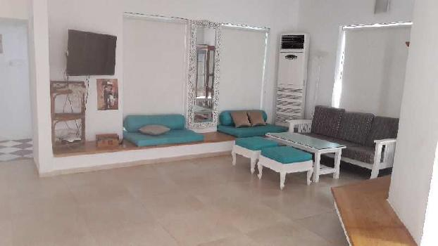 Beach house for Sale in Morgim