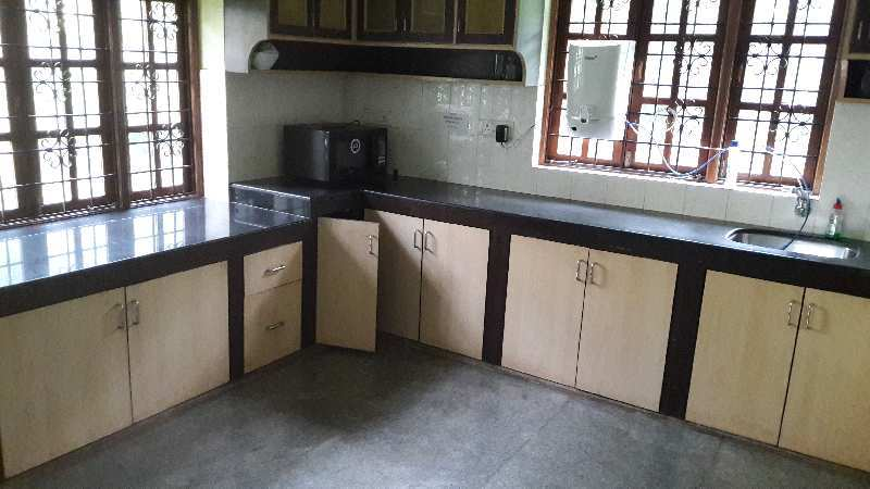 Fully furnished luxury bunglow for Sale