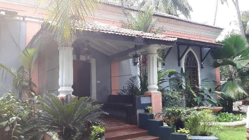 Posh bunglow for Sale in Anjuna.