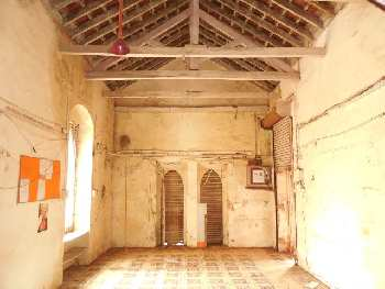Commercial space 70sqmt for Rent in Guirim-Mapusa, North-Goa.(35k)