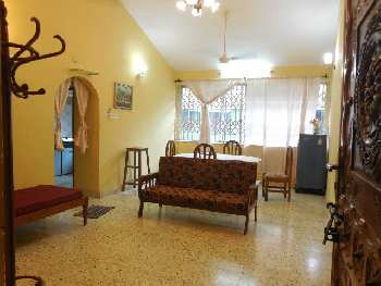 2 Bhk 80sqmt flat furnished for Rent in Miramar, North-Goa.(16k)