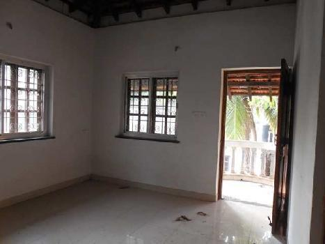 4Bhk  Portuguese House Semi-furnished for Rent in Parra, Mapusa, North-Goa. (1.25L)