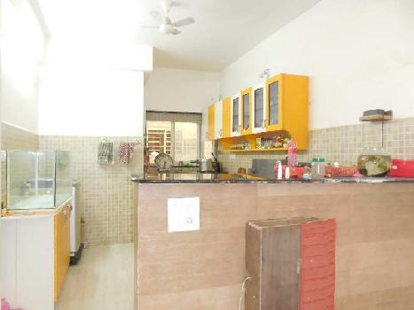 2 Bhk 102sqmt flat fully furnished for Sale in Caranzalem, North-Goa.(85L)
