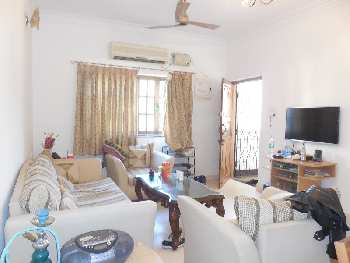 2 Bhk 110sqmt flat Semi-furnished for Sale in Candolim, North-Goa.(70L)