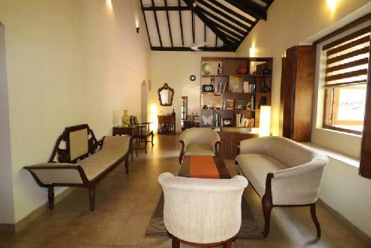 4Bhk Independent Bungalow furnished for Sale in Divar-Ribandar, North-Goa.(3.75Cr)