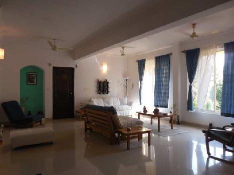 4 Bhk  210sqmt flat Semi-furnished for Sale in Porvorim, North-Goa.(1.15Cr)