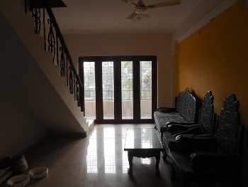 2 Bhk 108sqmt flat with terrace for Sale in Canca-Mapusa, North-Goa.(70L)