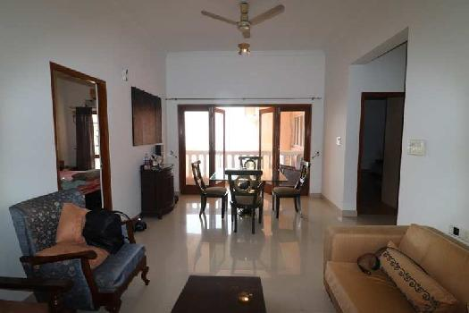 2 Bhk 110sqmt Seaview flat furnished for Sale in Donapaula, North-Goa.(1.40Cr)