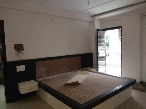 Race course TI 4 Bhk furnished flat