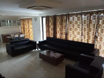 4 BHK Flats & Apartments for Sale in S G Highway, Ahmedabad