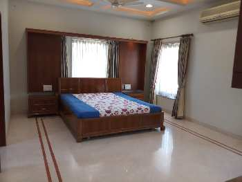 6 BHK Individual Houses / Villas for Sale in Cross Road, Ahmedabad