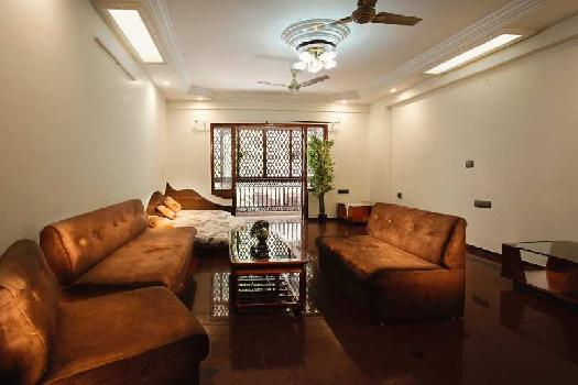 Flat on Rent at S.G. Highway - Goyal Palace
