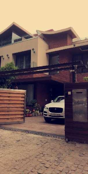 1 KANAL HOUSE IN SECTOR 8 C, CHANDIGARH