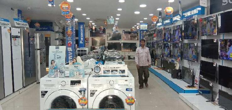 2600 Sq.ft. Showrooms for Rent in Civil Lines, Agra