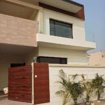 Well Designed 4bhk House In Khukhrain Colony Jalandhar
